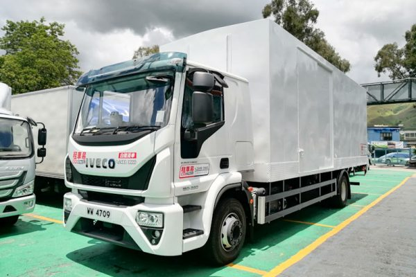 iveco16t_800px